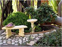 зеленый миниатюрный сад